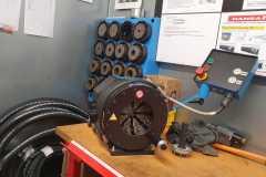 Hydraulikservice in Werkstatt